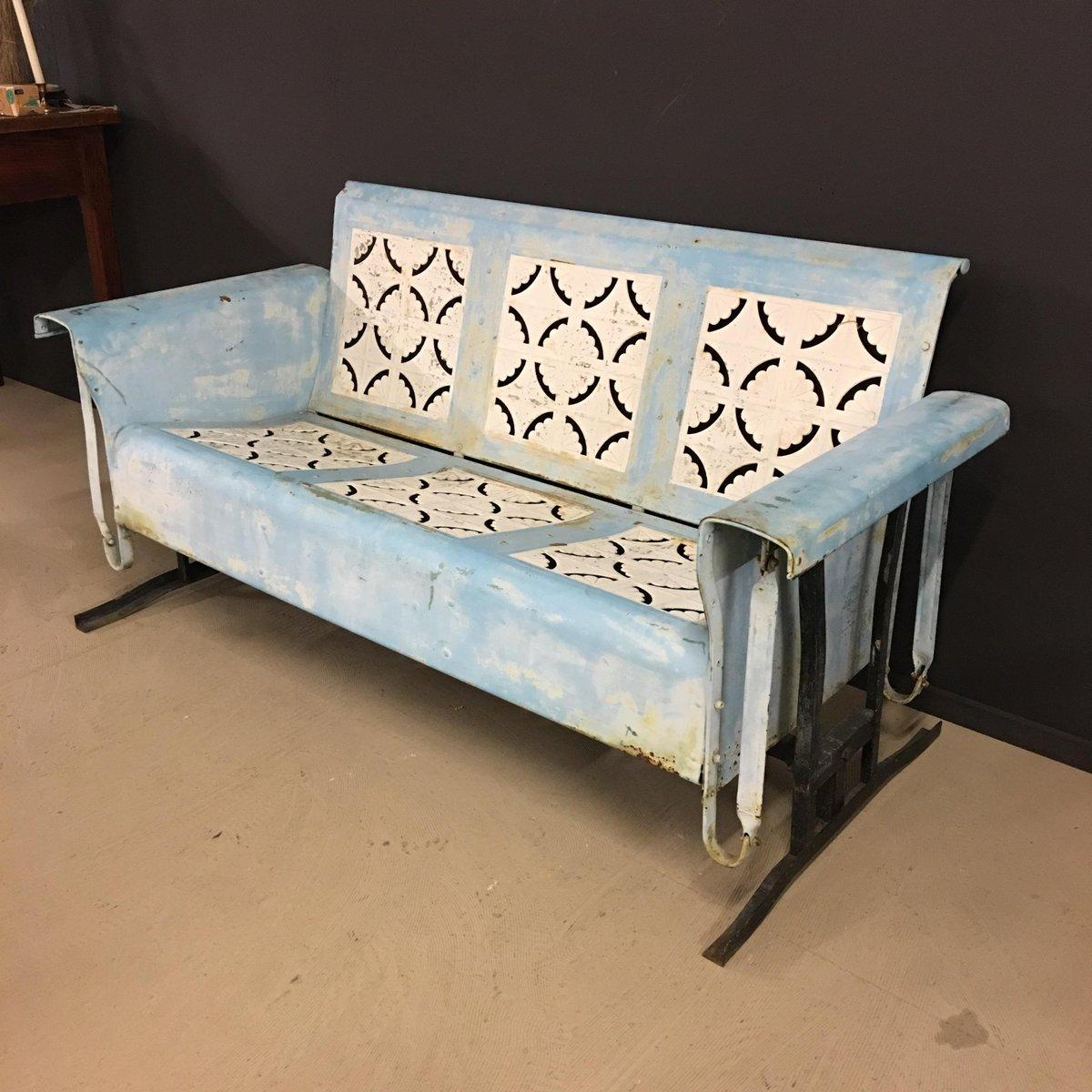 gebogene metall bank 1940er bei pamono kaufen. Black Bedroom Furniture Sets. Home Design Ideas