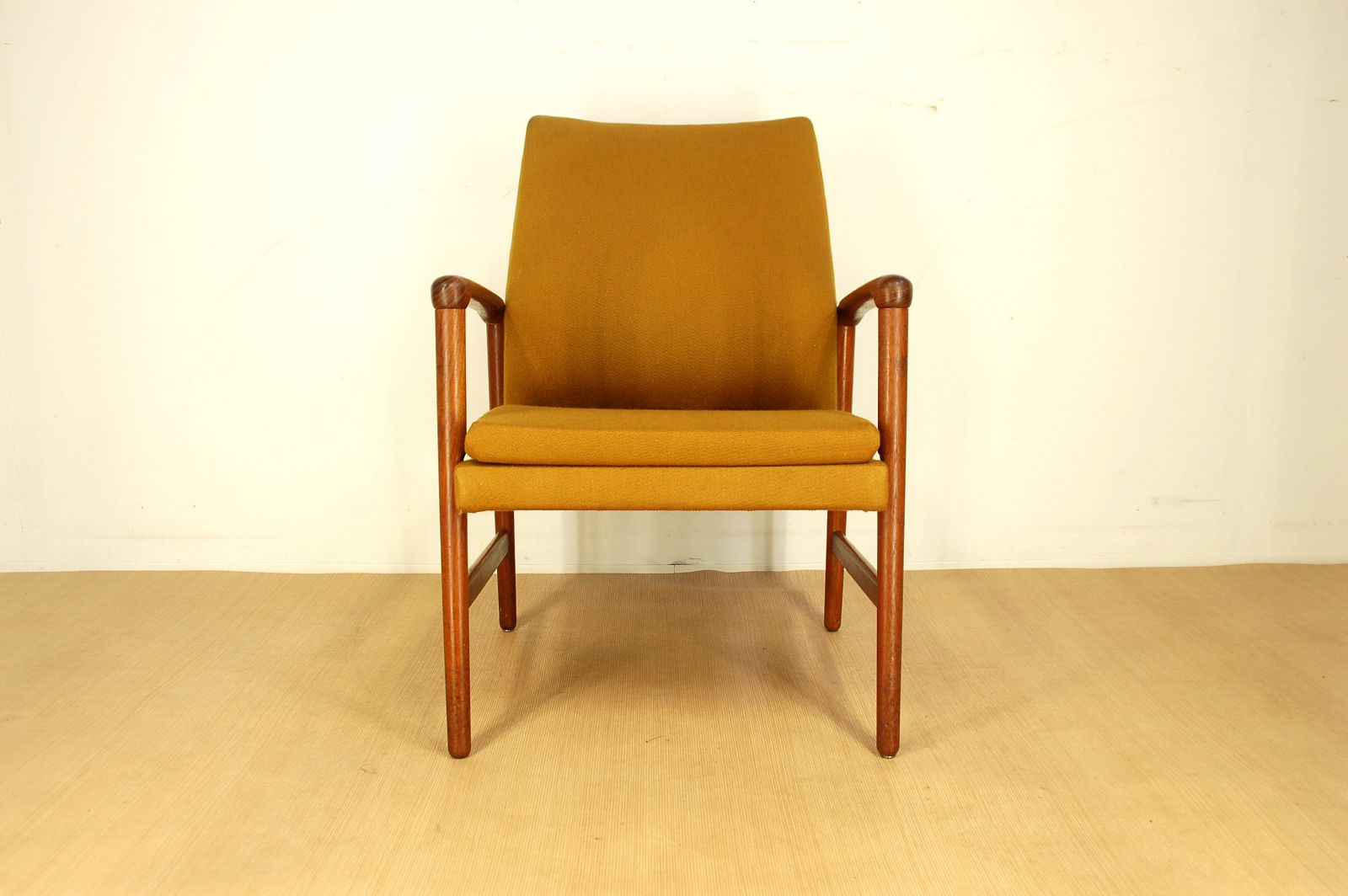 vintage teak armchair from fritz hansen 1950s for sale at. Black Bedroom Furniture Sets. Home Design Ideas