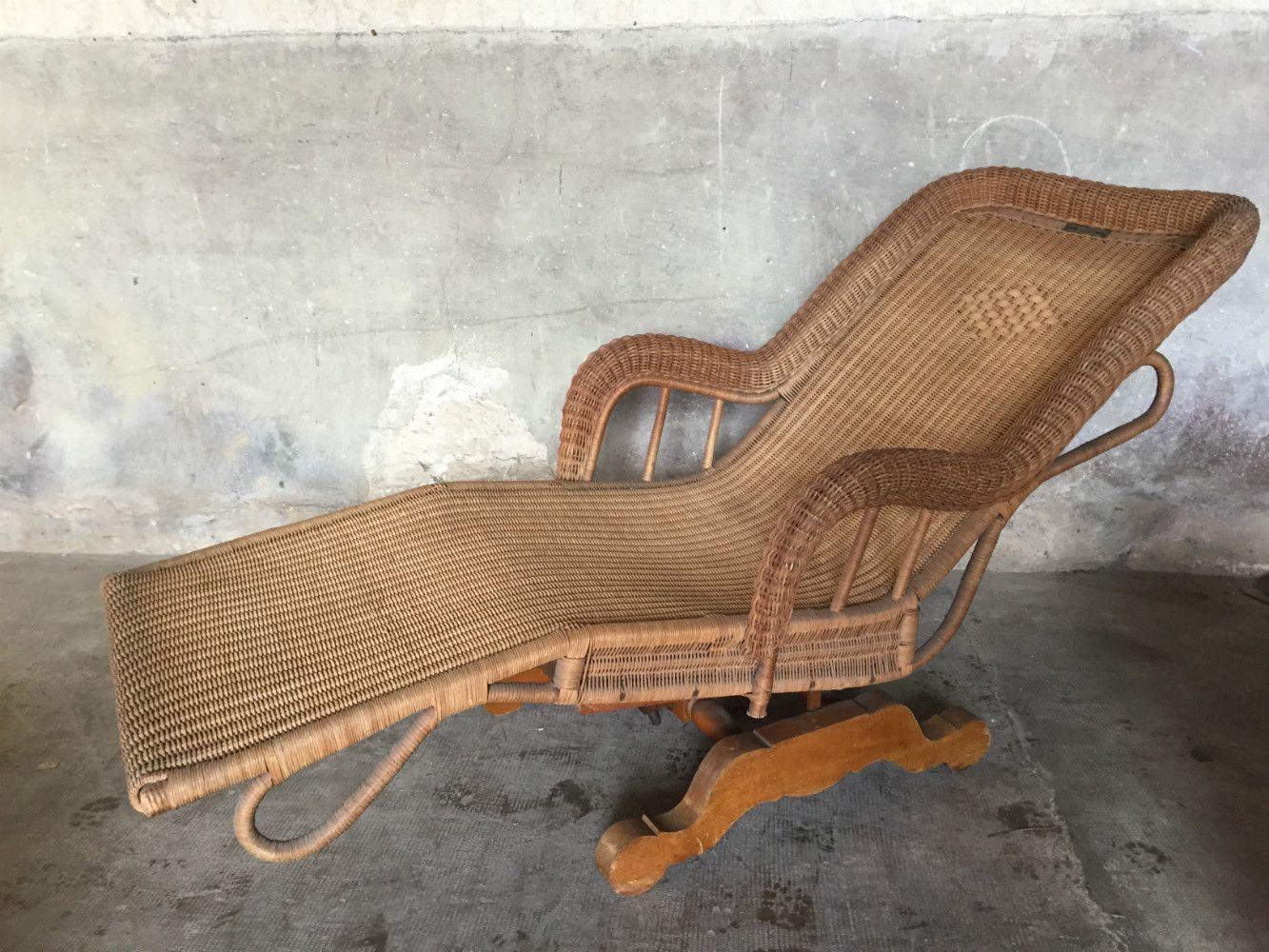 chaise longue en rotin par pascaud charlotte perriand france 1930s en vente sur pamono. Black Bedroom Furniture Sets. Home Design Ideas