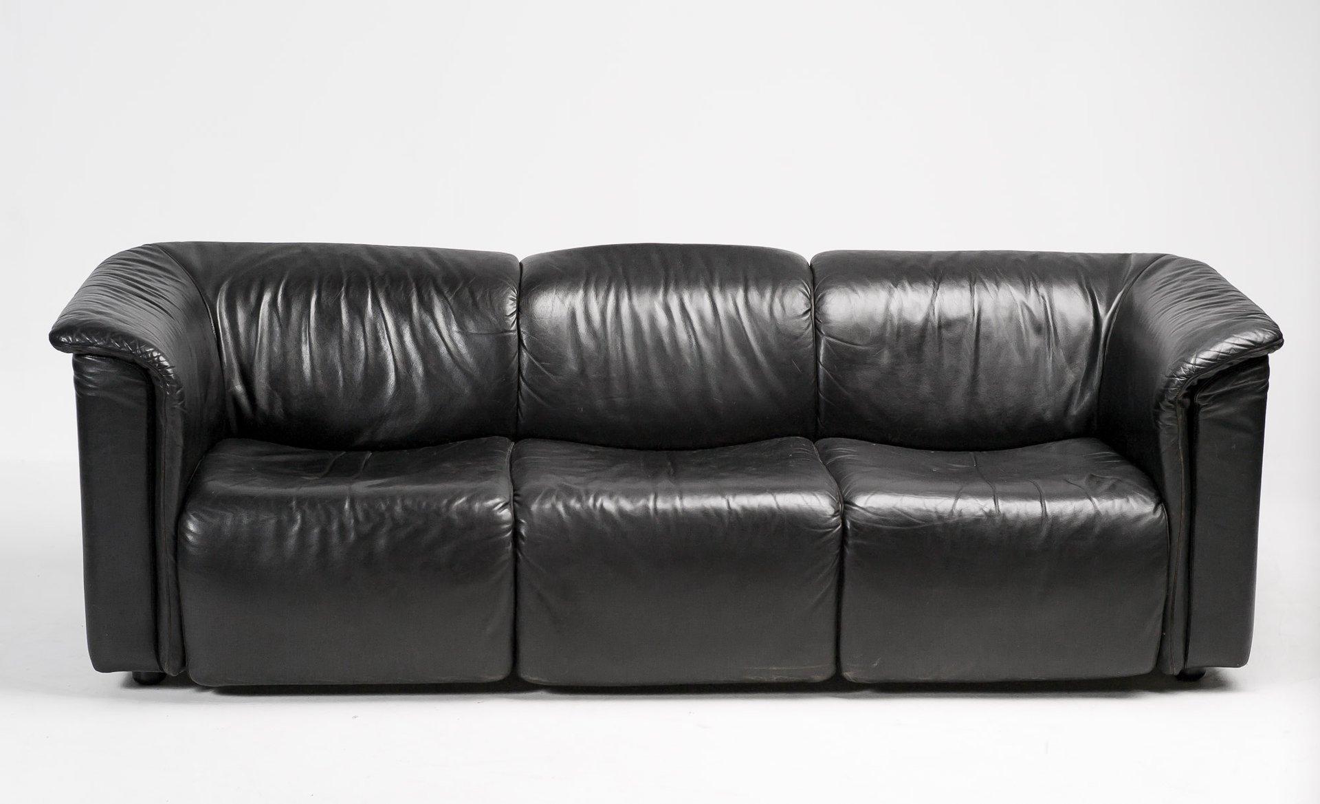 hochbarett black three seater sofa from wittmann moebel for sale at pamono. Black Bedroom Furniture Sets. Home Design Ideas