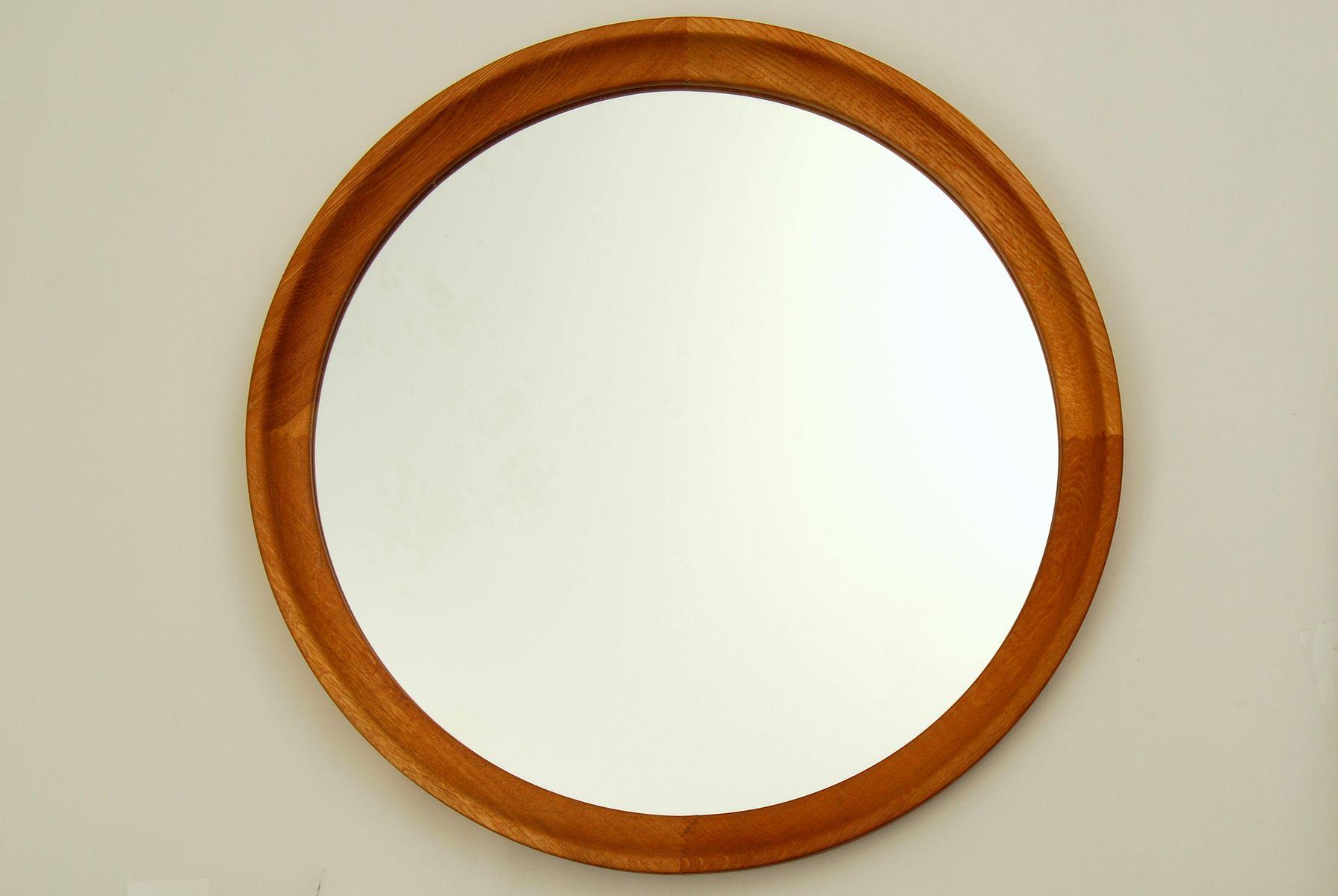 schwedischer runder spiegel mit rahmen aus eichenholz 1960er bei pamono kaufen. Black Bedroom Furniture Sets. Home Design Ideas