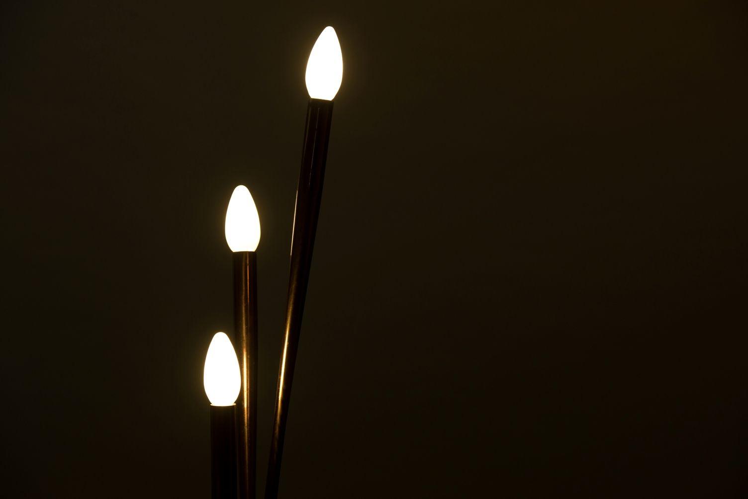 italienische vintage stehlampe mit drei leuchten bei pamono kaufen. Black Bedroom Furniture Sets. Home Design Ideas