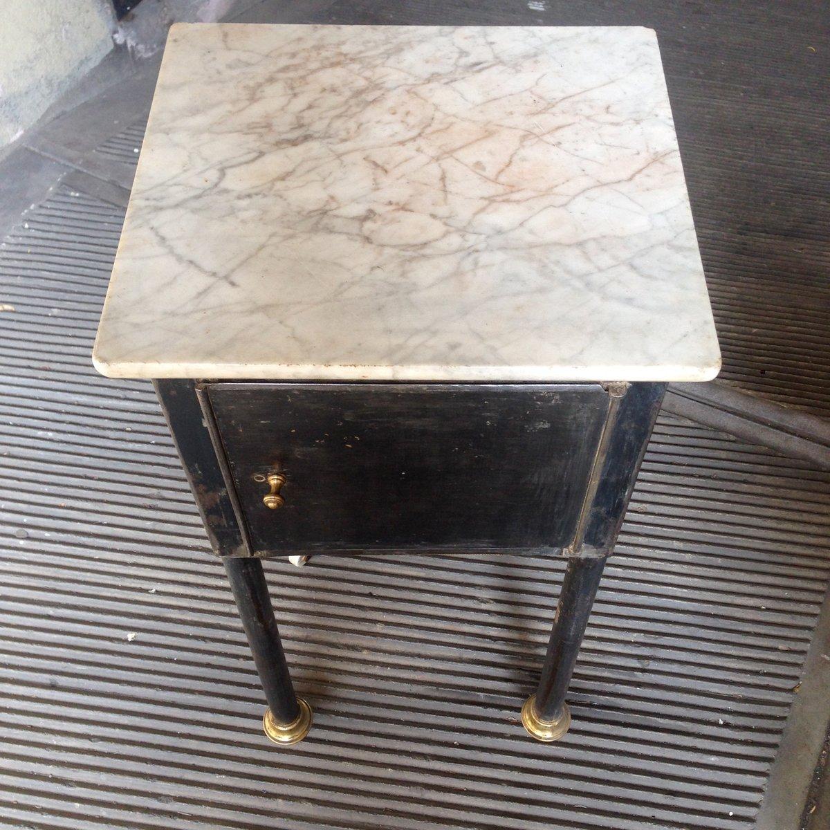 kleiner industrieller tisch mit marmorplatte bei pamono kaufen. Black Bedroom Furniture Sets. Home Design Ideas