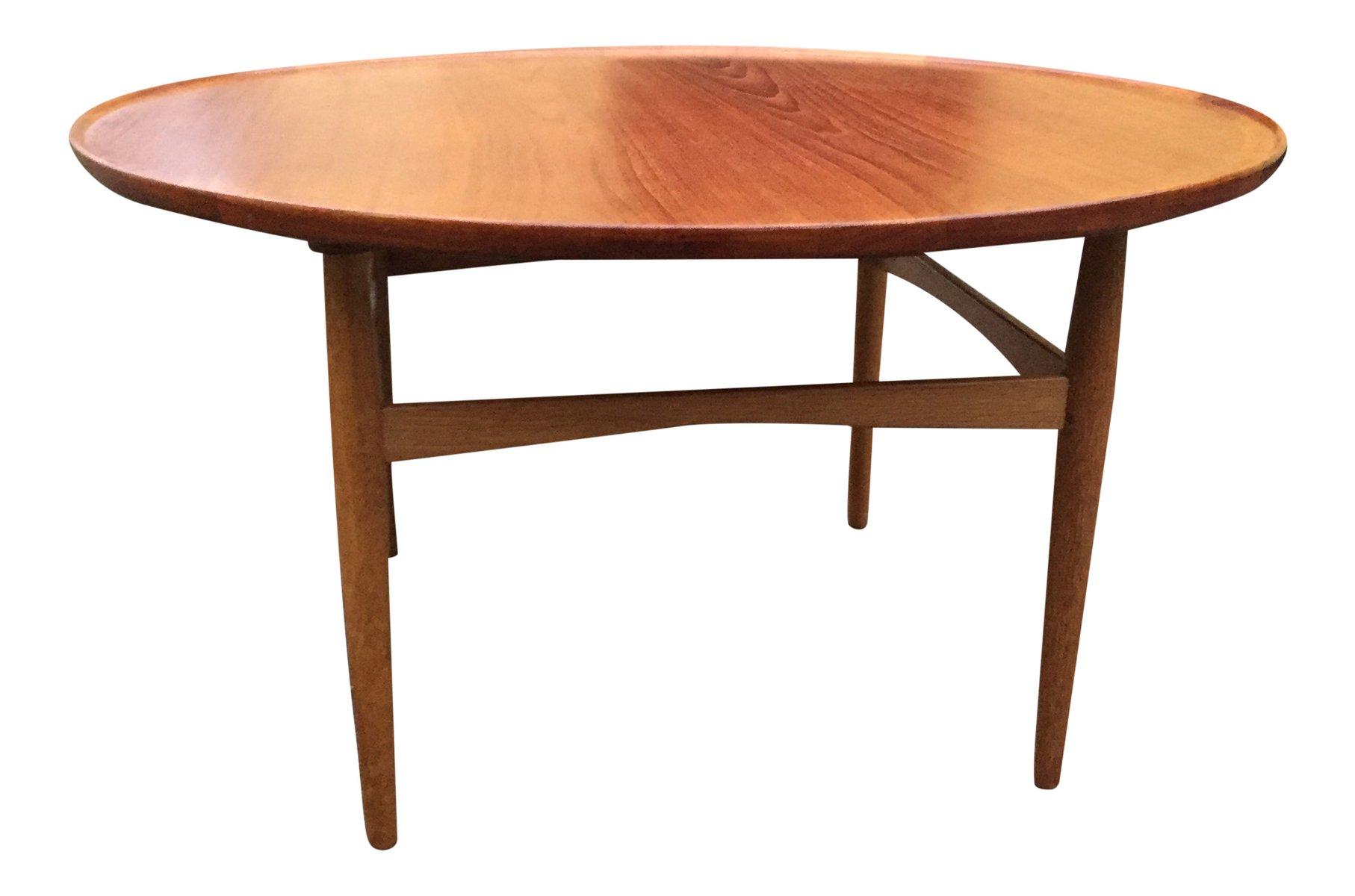 Round Danish Teak & Oak Coffee Table 1960s for sale at Pamono