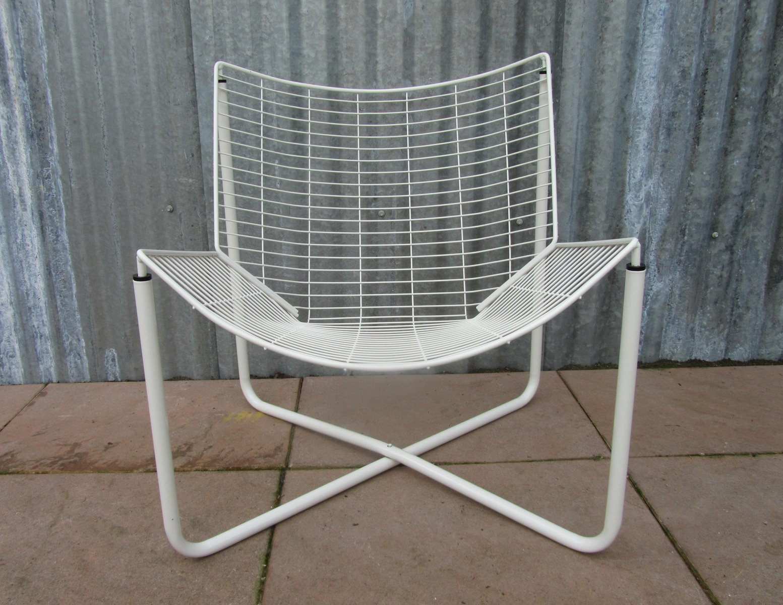 white jarpen wire chair by niels gammelgaard for ikea