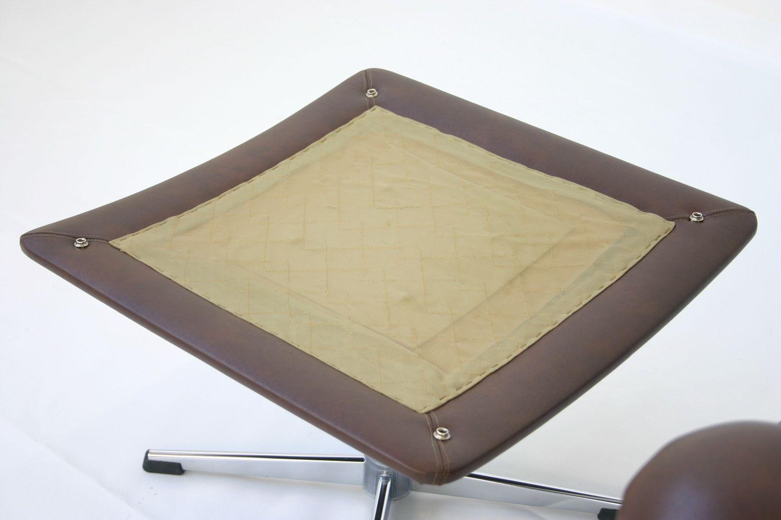 freischwinger plywood lounge sessel mit ottomane 1970er bei pamono kaufen. Black Bedroom Furniture Sets. Home Design Ideas