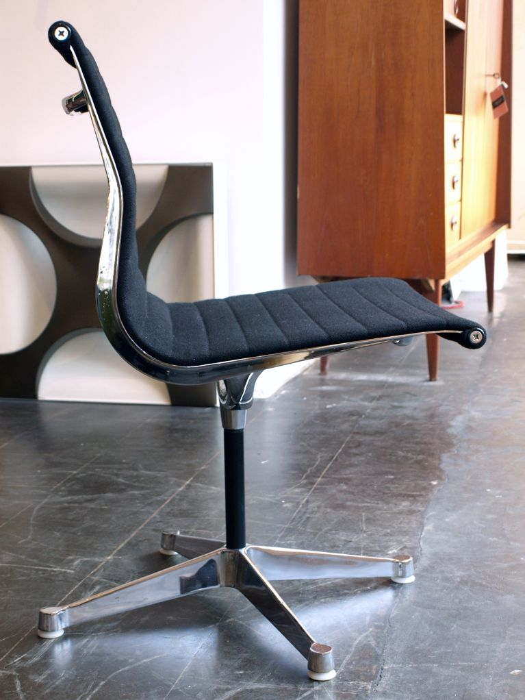 Ea 104 alu desk chair by charles ray eames for herman for Eames alu chair nachbau