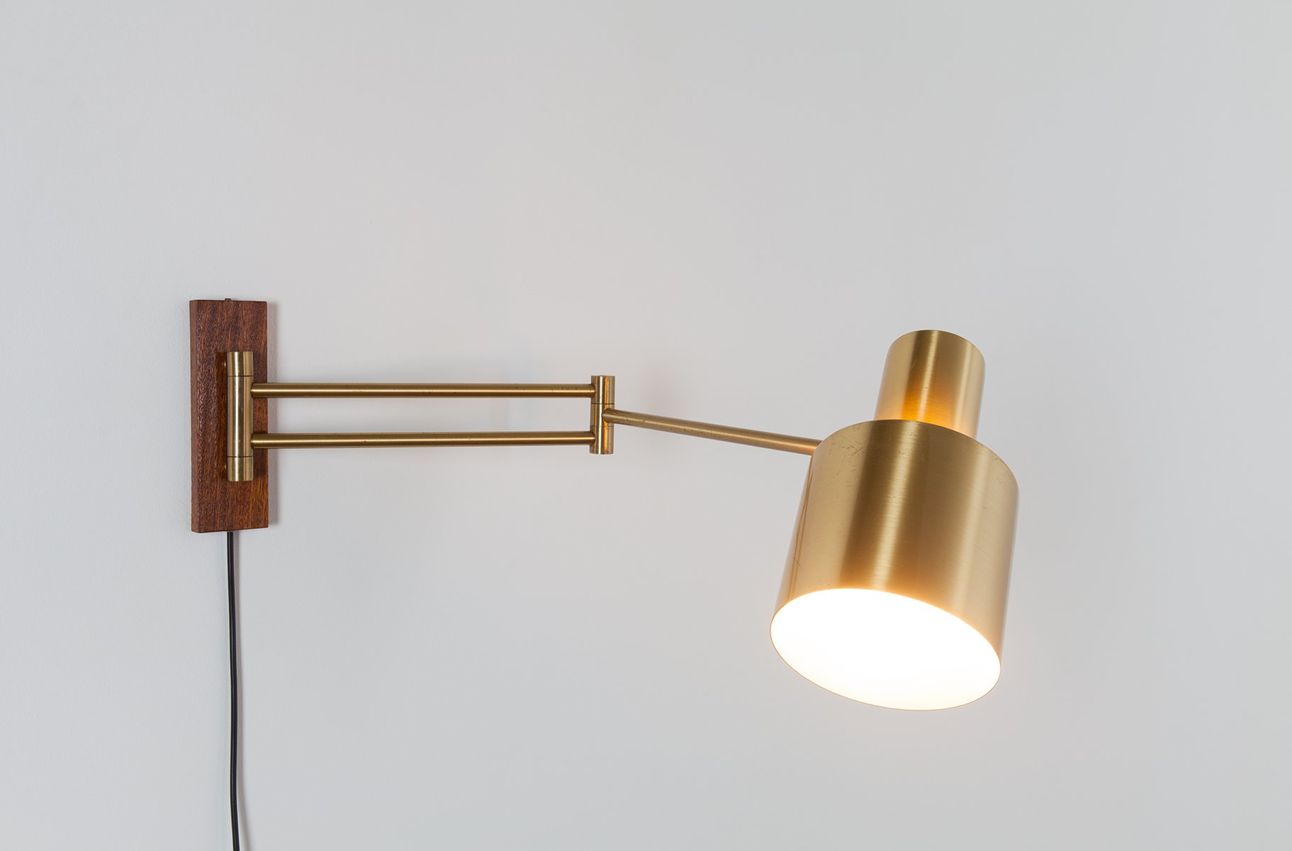 Wall Lights Extendable : Horisont Extendable Wall Light by Jo Hammerborg for Fog & M?rup, 1960s for sale at Pamono