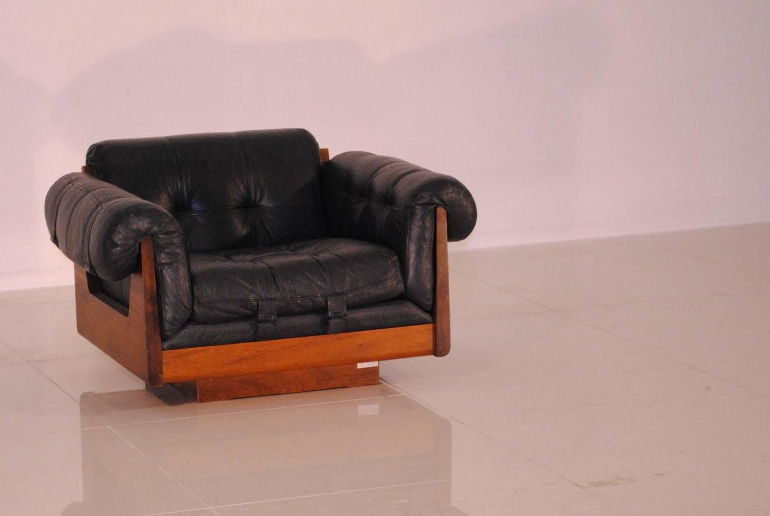 Low Leather Lounge Chair by Soto 1970s for sale at Pamono
