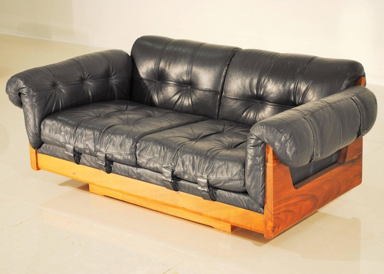 canap bas vintage en cuir 1970s en vente sur pamono. Black Bedroom Furniture Sets. Home Design Ideas