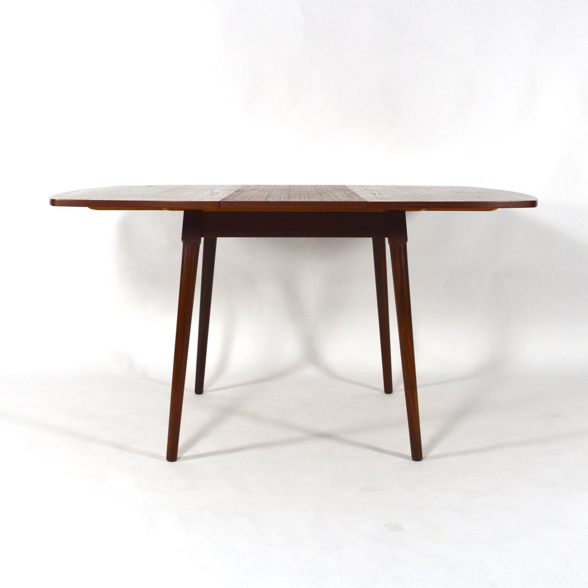 Table de salle manger extensible mid century en teck en for Table salle a manger 4 metres