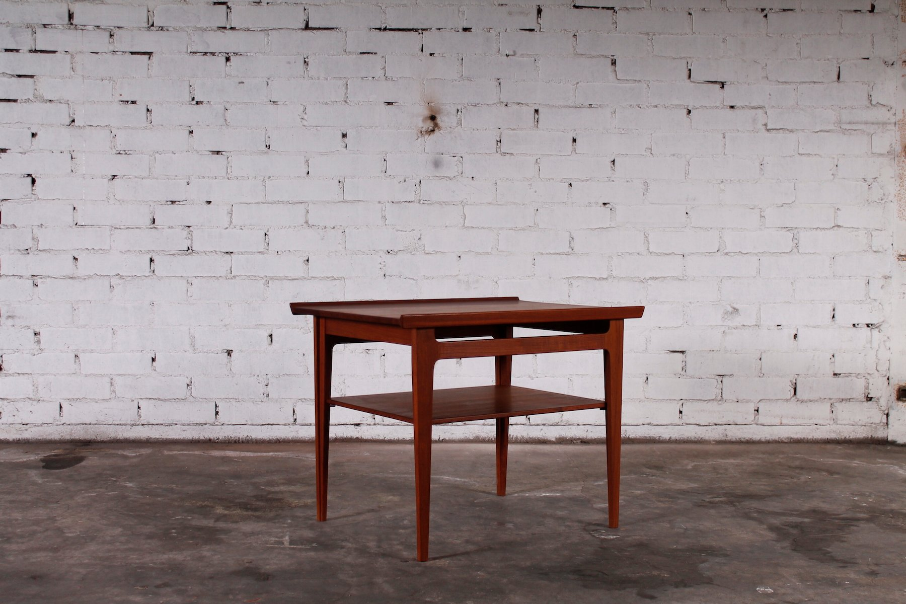 d nsicher mid century teak beistelltisch von finn juhl f r france son bei pamono kaufen. Black Bedroom Furniture Sets. Home Design Ideas