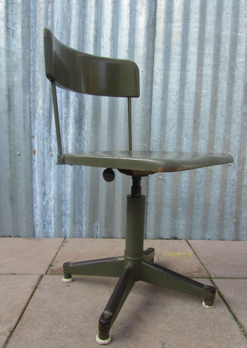 industrial military green swivel desk chair 1930s for sale at pamono. Black Bedroom Furniture Sets. Home Design Ideas