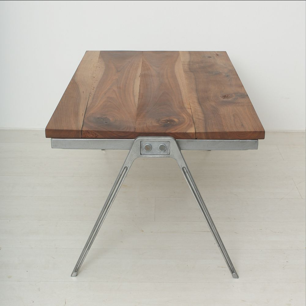 Table Basse Vintage En Noyer Massif En Vente Sur Pamono~ Table Basse Noyer Massif Design