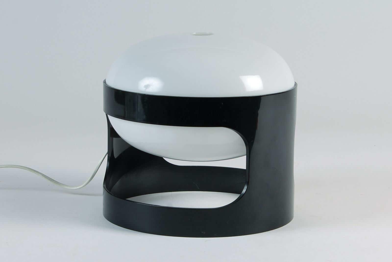 fabulous ordinary lampe kartell solde lampe kartell solde toulon modele soufflant lampe with. Black Bedroom Furniture Sets. Home Design Ideas