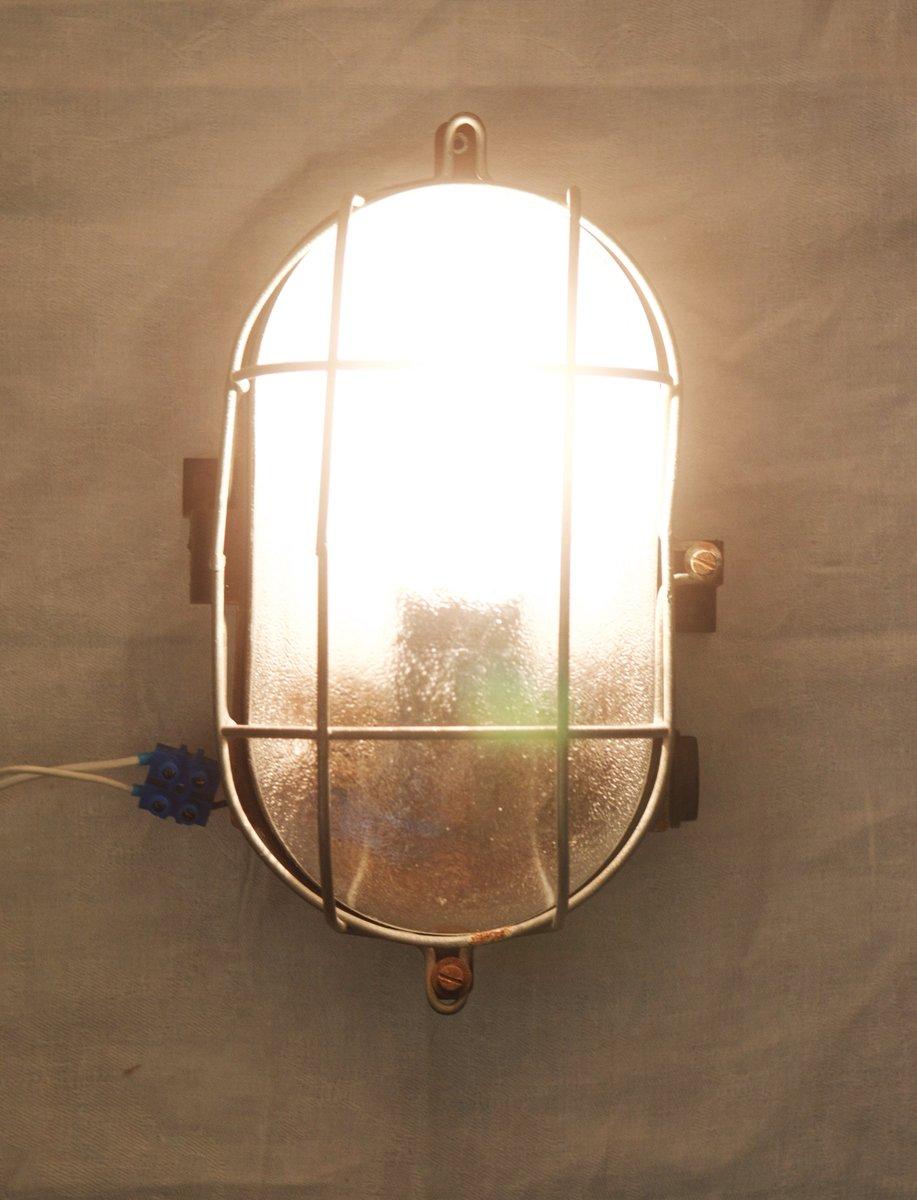 Lampe murale ou plafonnier industriel en bak lite 1948 en for Plafonnier industriel