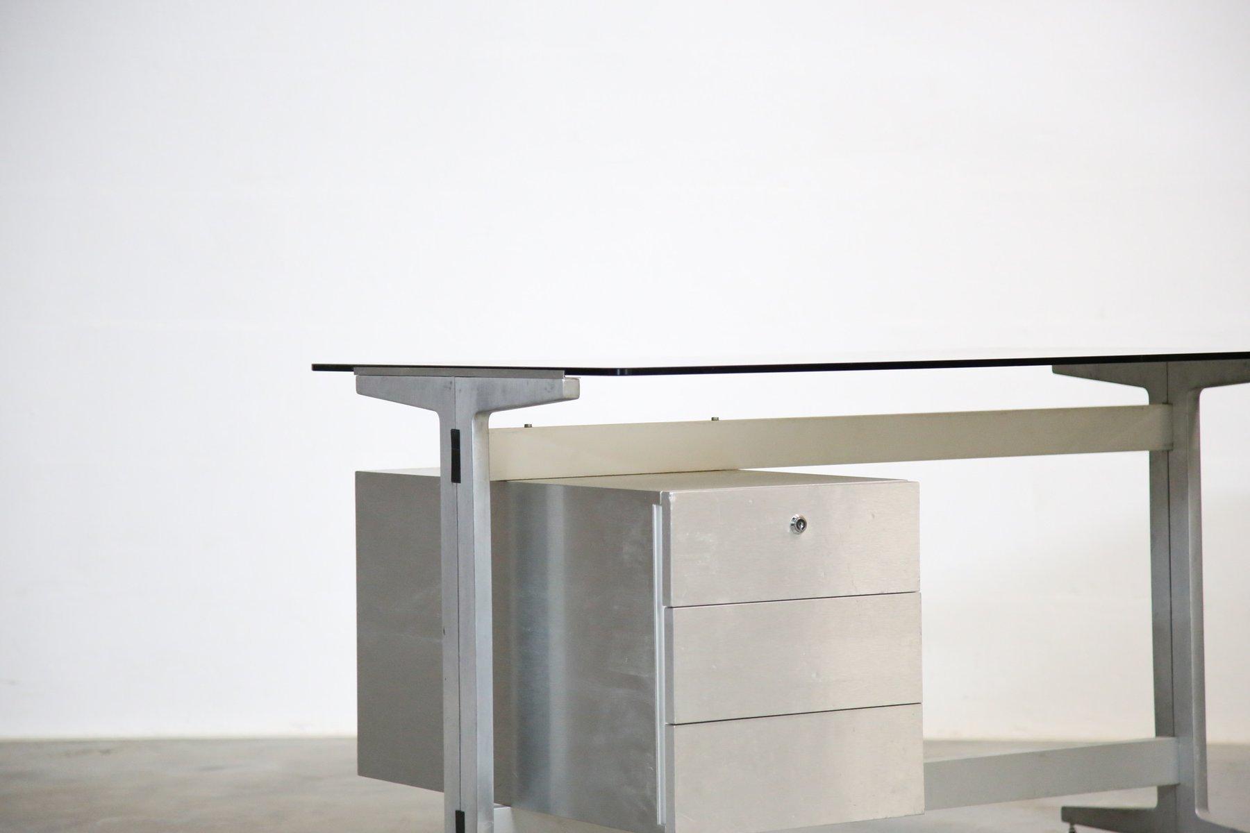schreibtisch mit tischplatte aus glas von etienne fermigier 1970er bei pamono kaufen. Black Bedroom Furniture Sets. Home Design Ideas