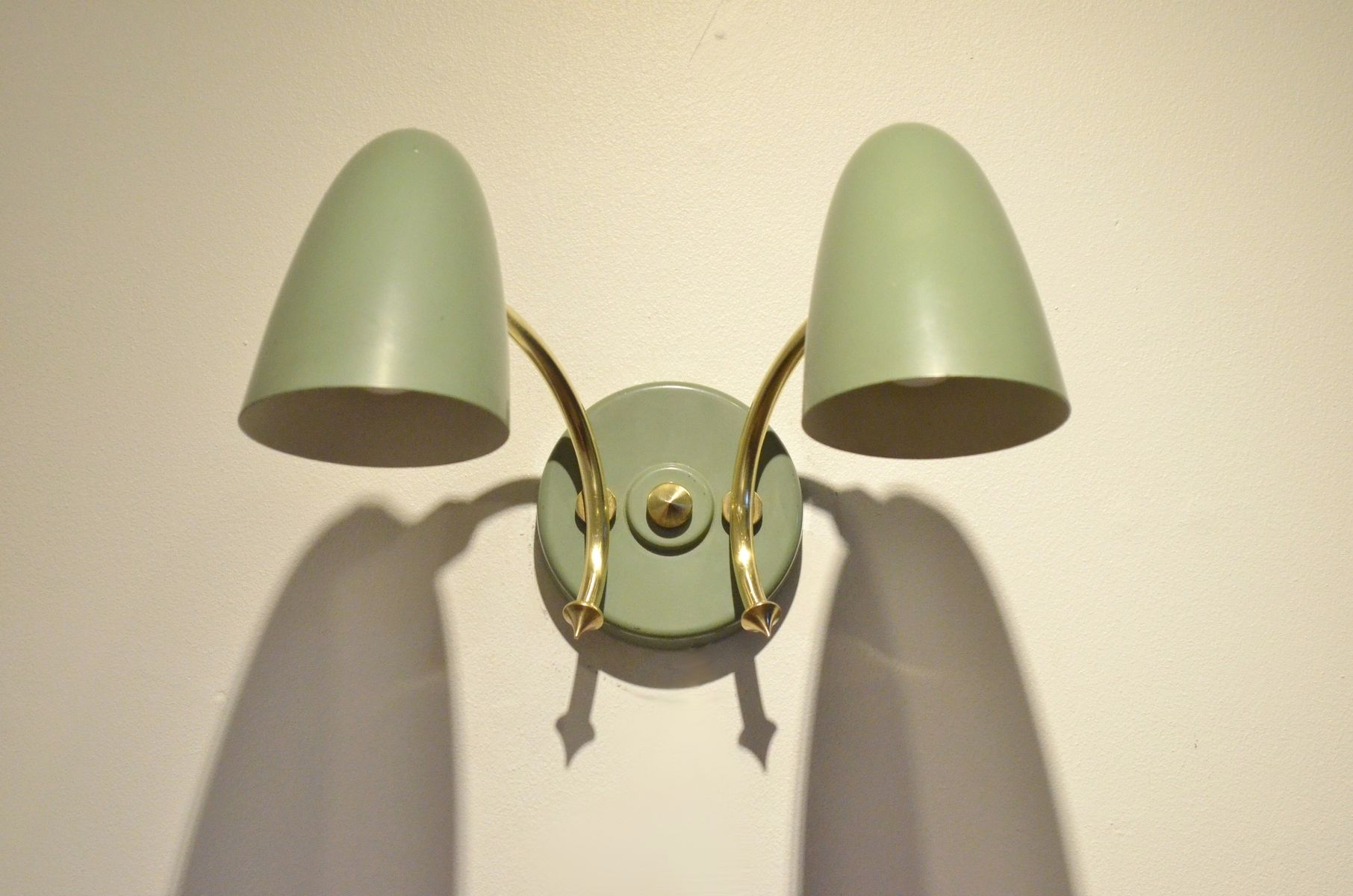 Pastel Green Metal & Brass Wall Sconces, 1950s, Set of 2 for sale at Pamono