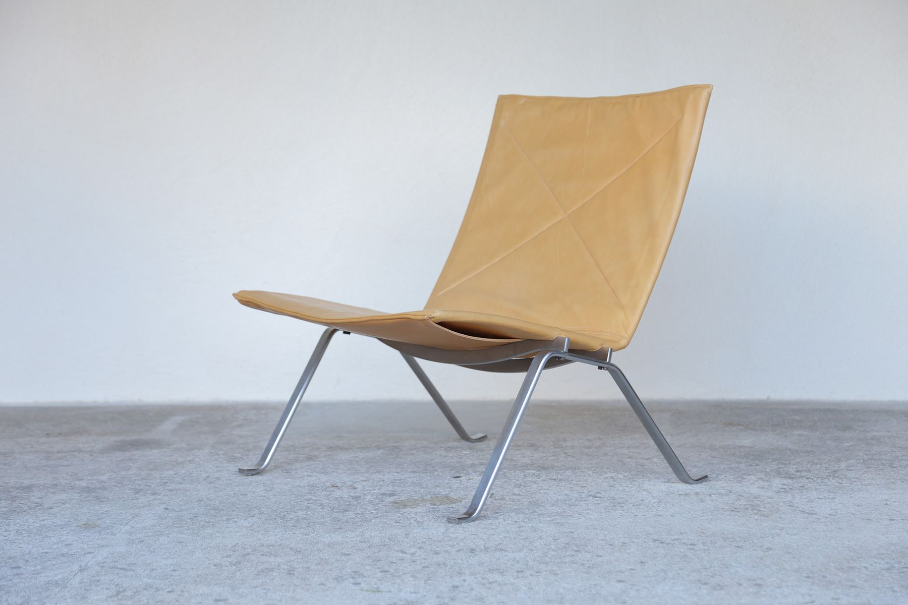 Mid Century Danish PK22 Lounge Chair By Poul Kjaerholm For E. Kold  Christensen For Sale At Pamono