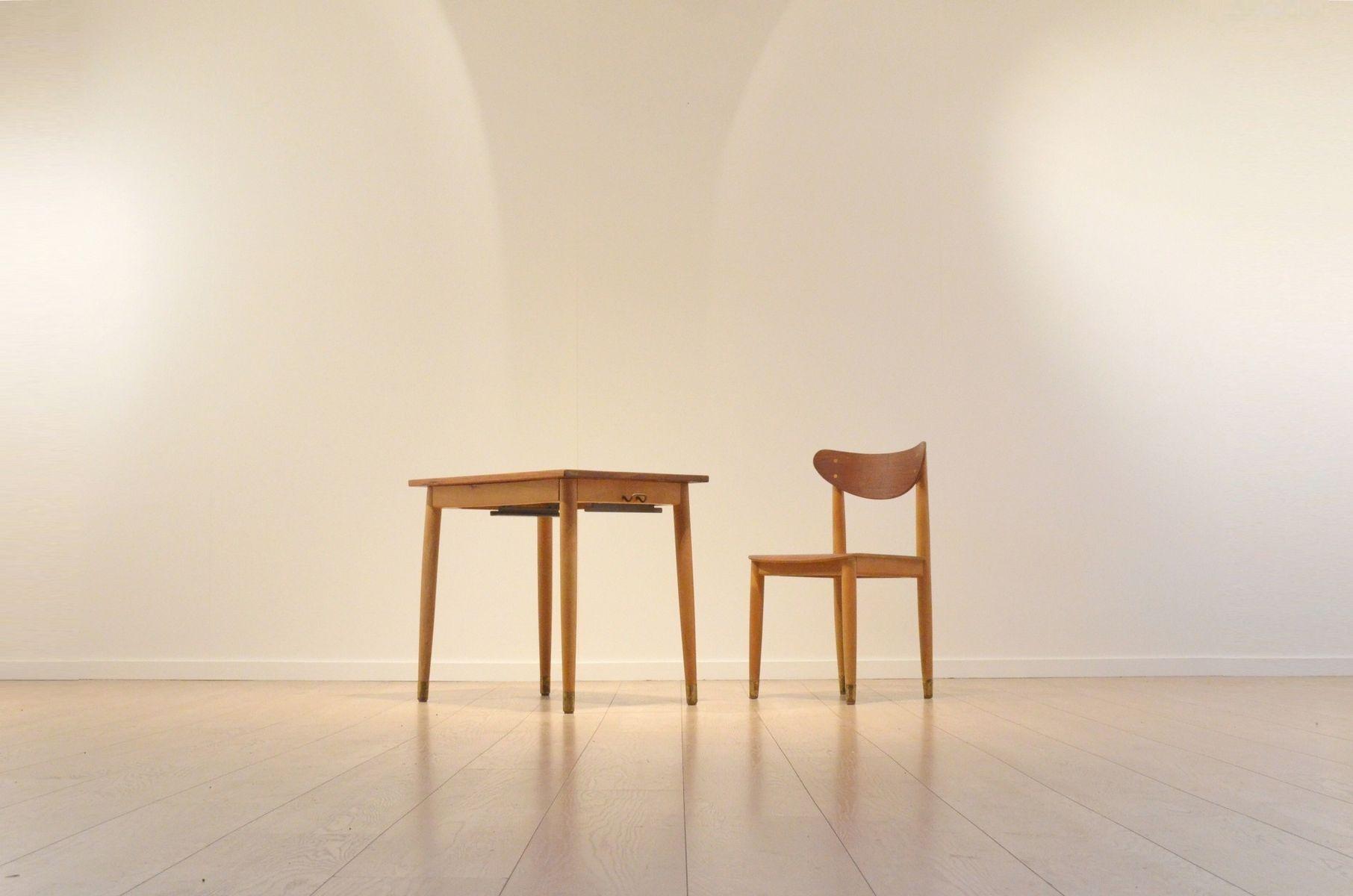 chaise et bureau d 39 ecole bicolore par s e fryklund pour hagafors 1960s en vente sur pamono. Black Bedroom Furniture Sets. Home Design Ideas