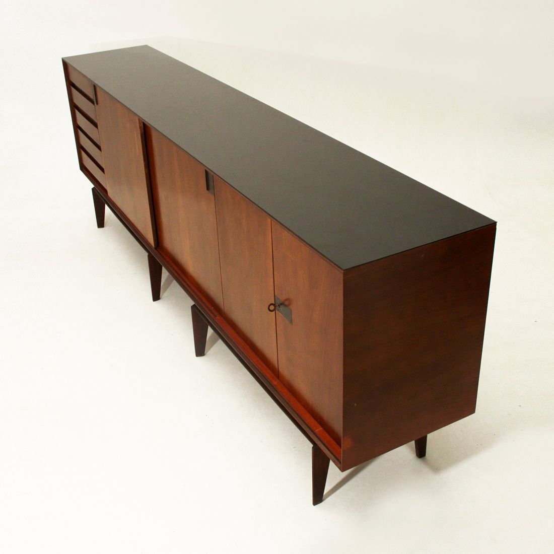 palisander sideboard by edmondo palutari for dassi 1950s for sale at pamono. Black Bedroom Furniture Sets. Home Design Ideas