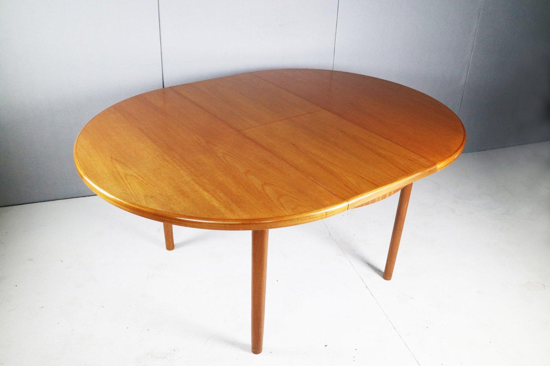 Set de salon avec 4 chaises de salon et une table de - Table et chaise de salon ...