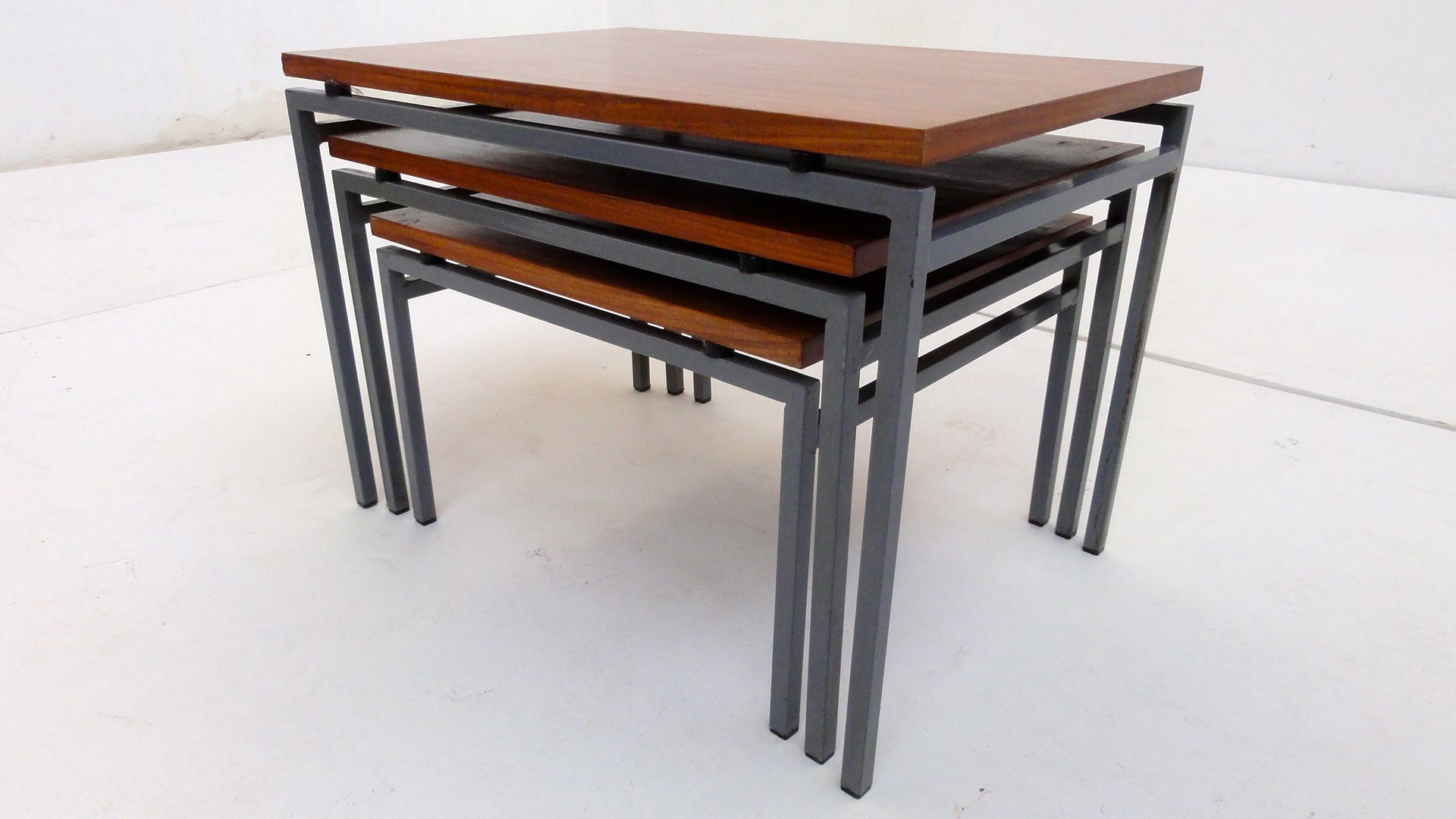 Wonderful image of Dutch Nesting Tables from Pastoe 1960s Set of 3 for sale at Pamono with #6E3316 color and 1920x1080 pixels