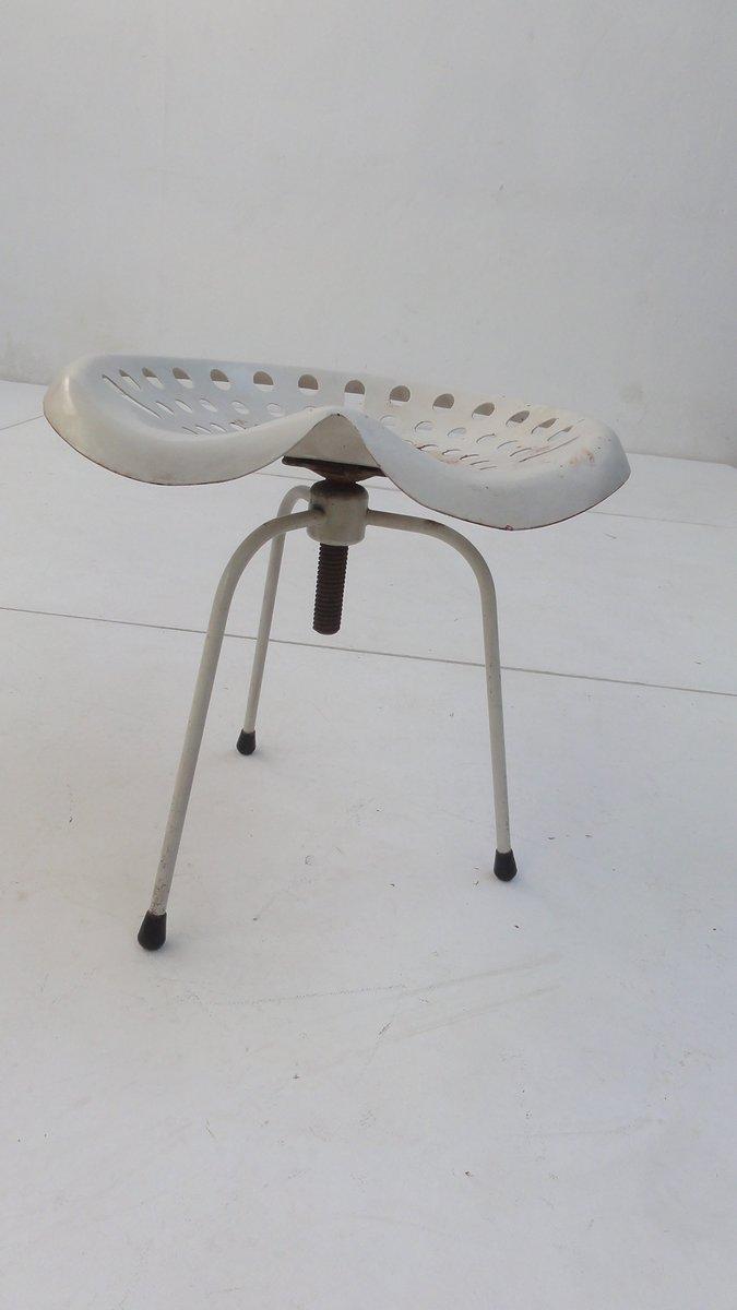 tabouret assise de tracteur vintage industriel en vente sur pamono. Black Bedroom Furniture Sets. Home Design Ideas