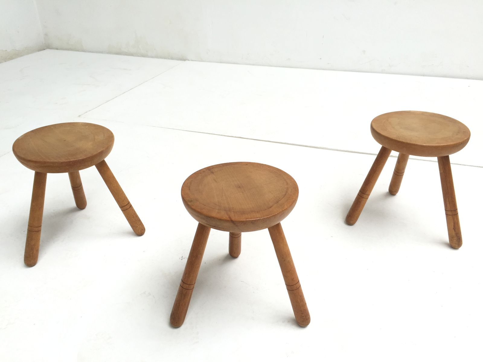 Superb img of Vintage Birch Wood Stools 1970s Set of 3 for sale at Pamono with #734A30 color and 1600x1200 pixels