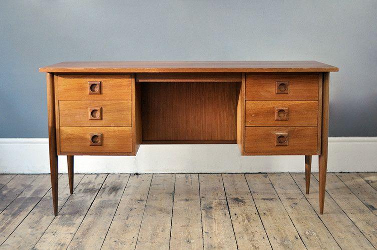 mid century teak schreibtisch bei pamono kaufen. Black Bedroom Furniture Sets. Home Design Ideas