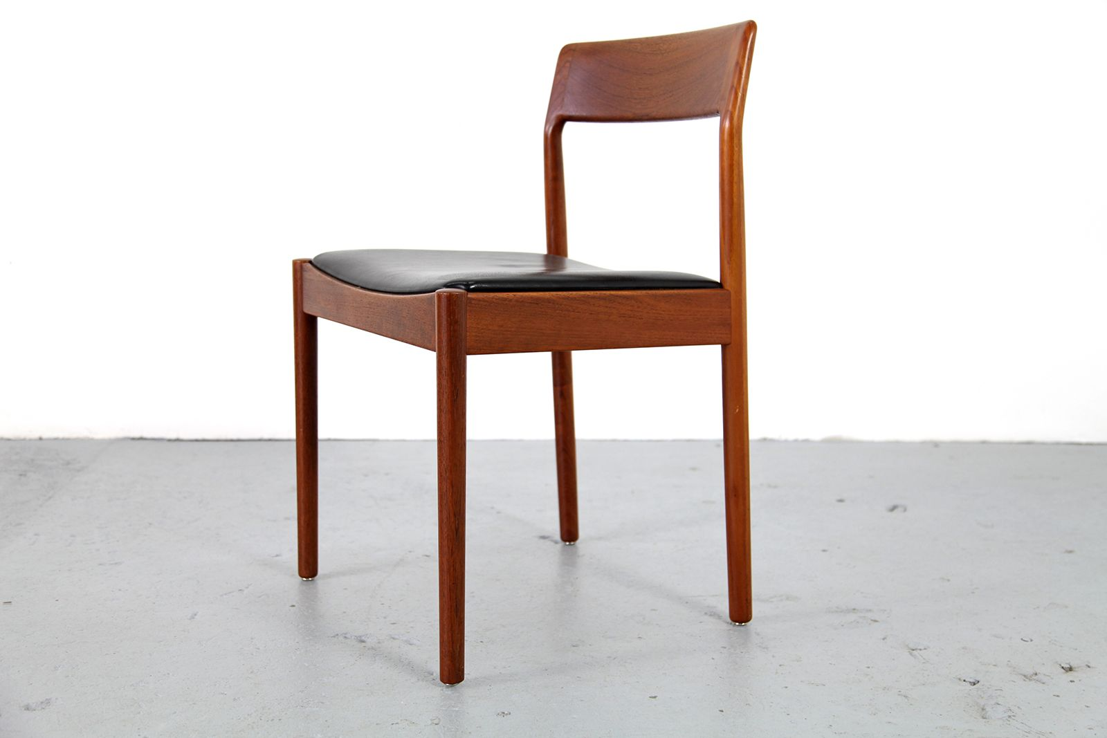 danish teak leather chairs 1960s set of 6 for sale at pamono
