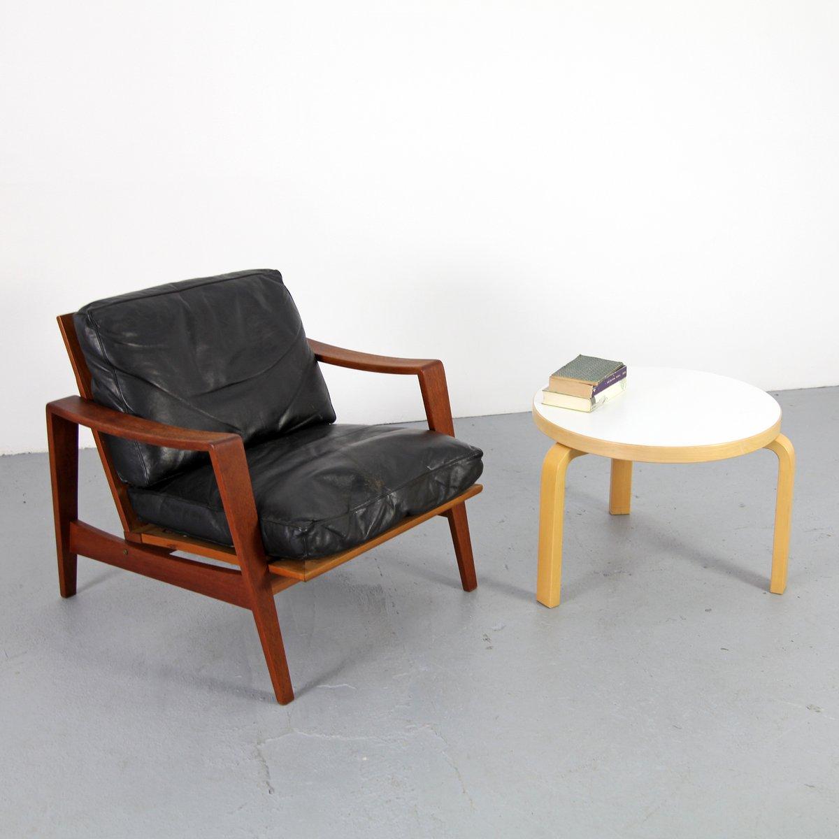 Resopal Couchtisch von Alvar Aalto für Artek bei Pamono kaufen