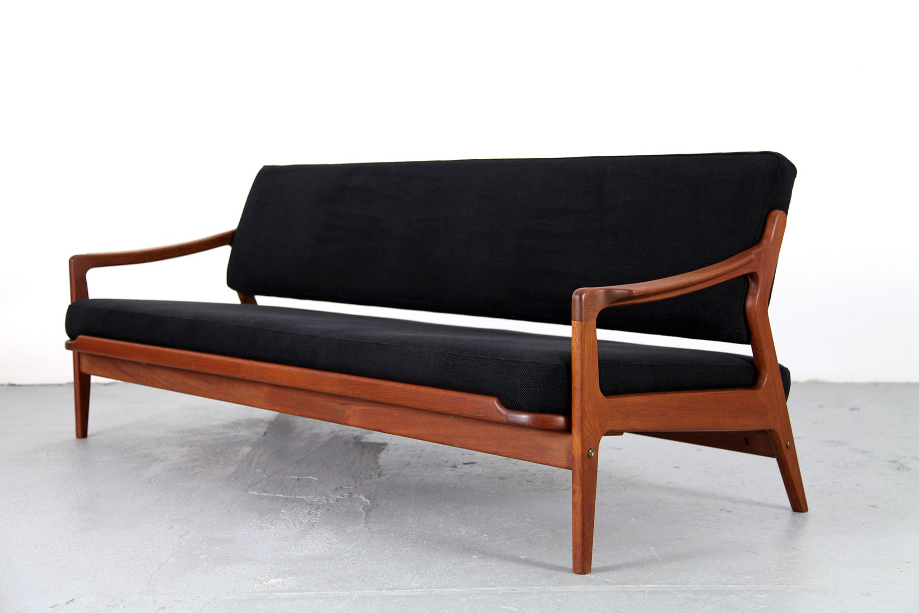 3 seater teak sofa with daybed feature by arne wahl iversen 1960s for sale at pamono. Black Bedroom Furniture Sets. Home Design Ideas