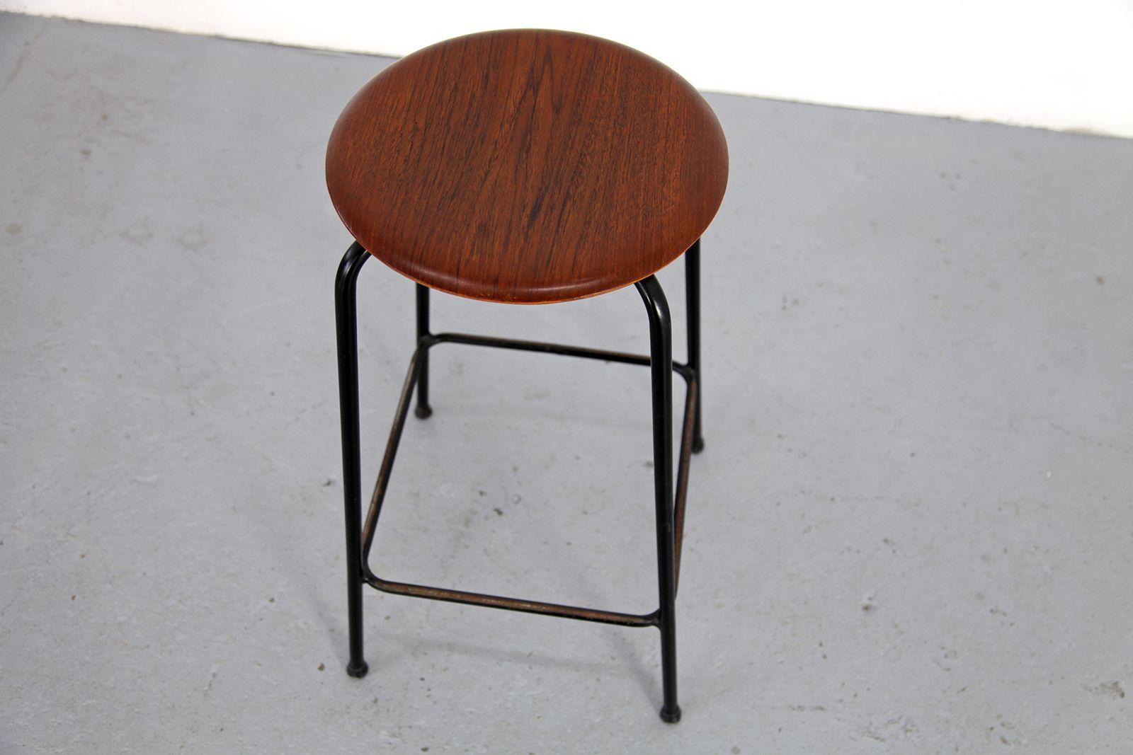 danish modern teak barhocker von duba 2er set bei pamono. Black Bedroom Furniture Sets. Home Design Ideas