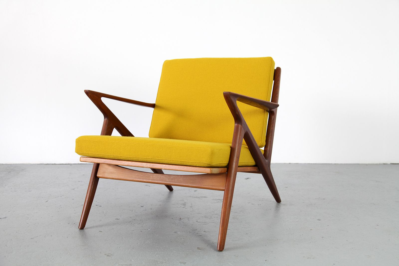 Z chair by poul jensen for haslev for sale at pamono for Poul jensen z chair