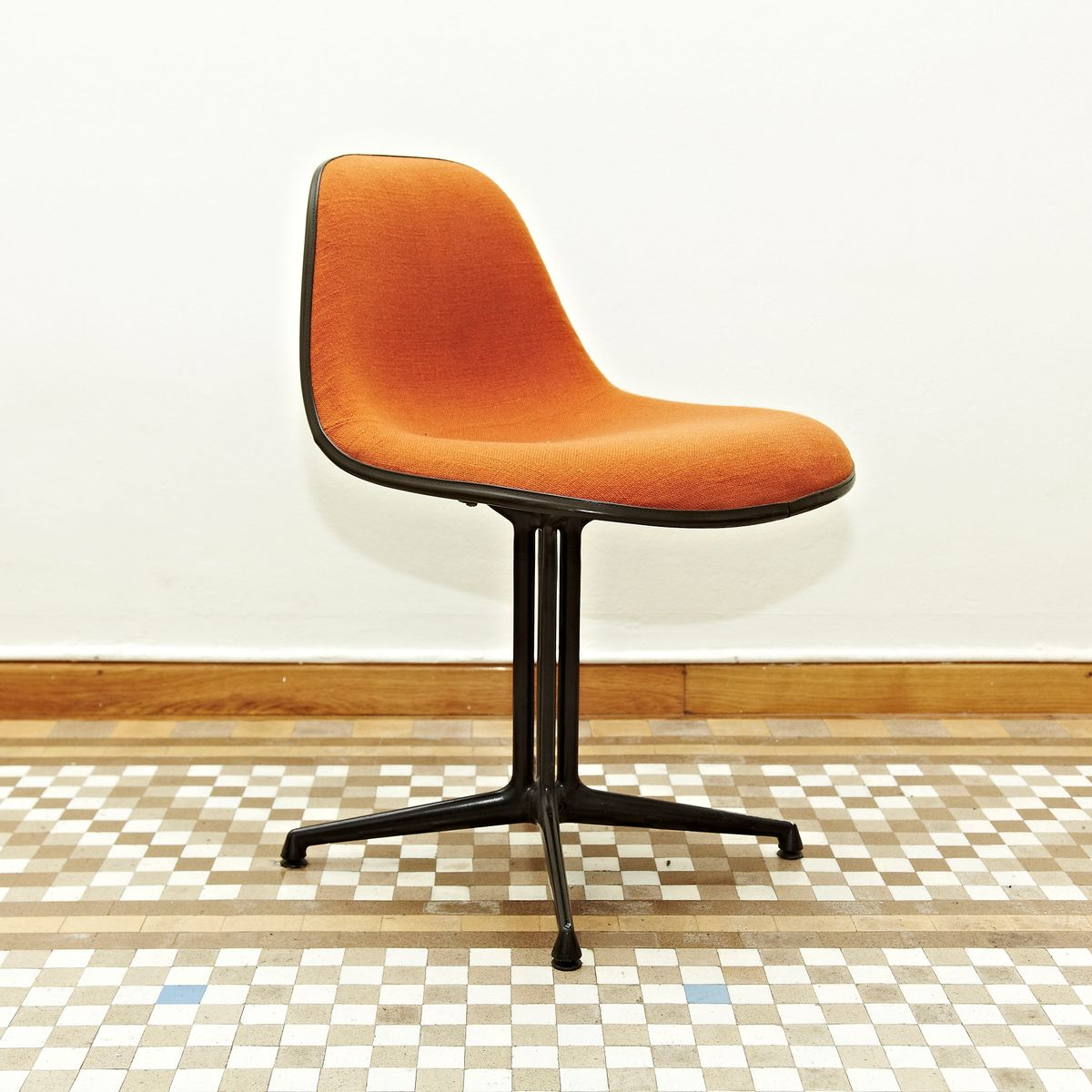 la fonda chair by charles  ray eames for herman miller s for  - la fonda chair by charles  ray eames for herman miller s