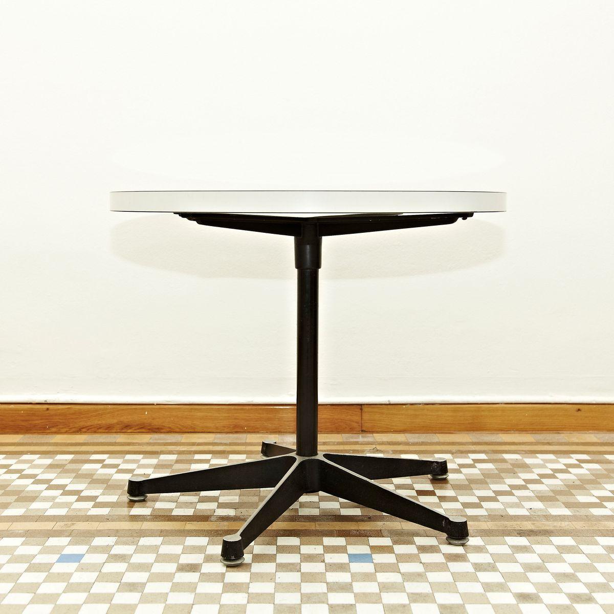 Couchtisch von Charles & Ray Eames für Herman Miller