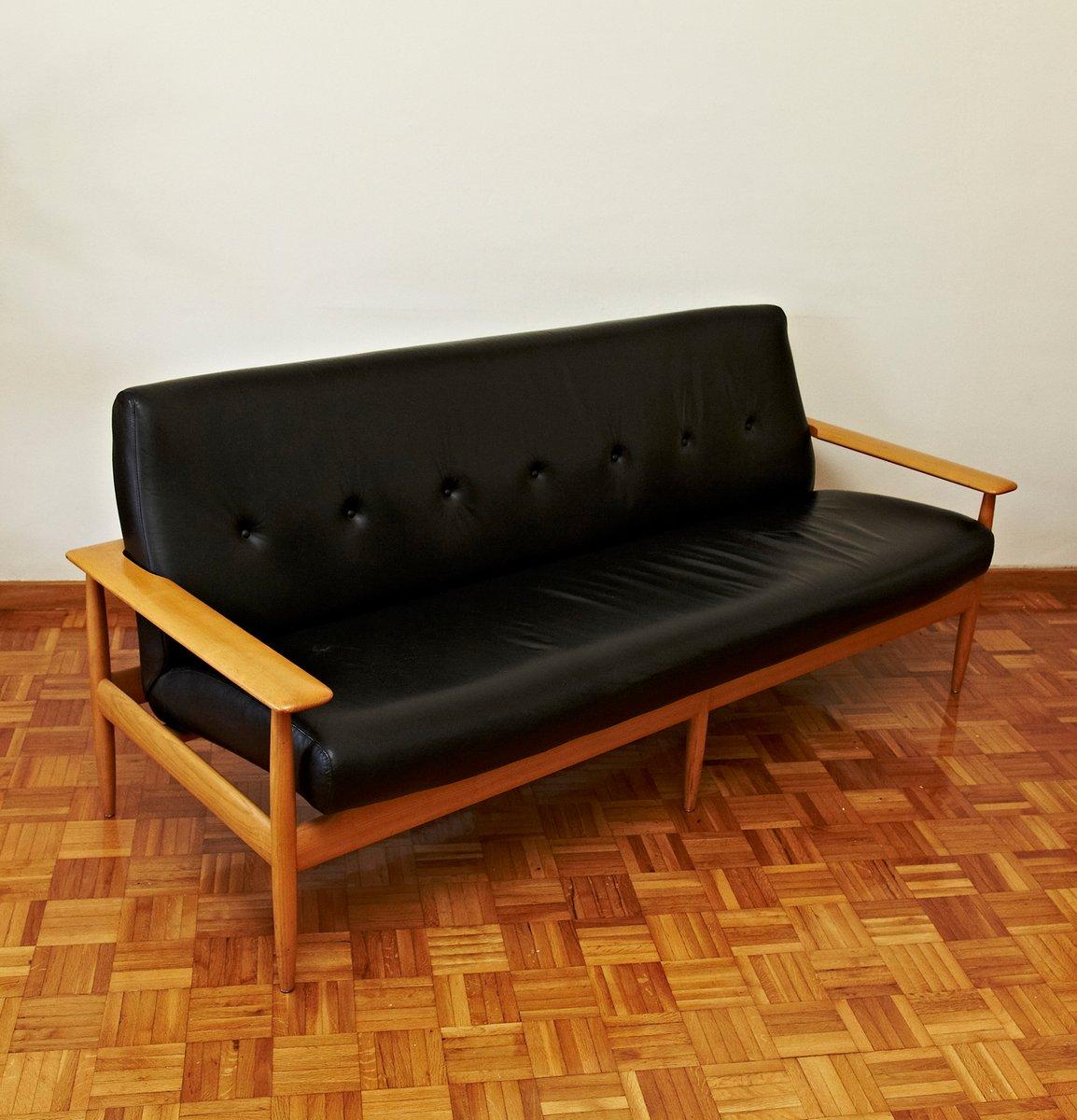 canap scandinave en cuir 1950s en vente sur pamono. Black Bedroom Furniture Sets. Home Design Ideas