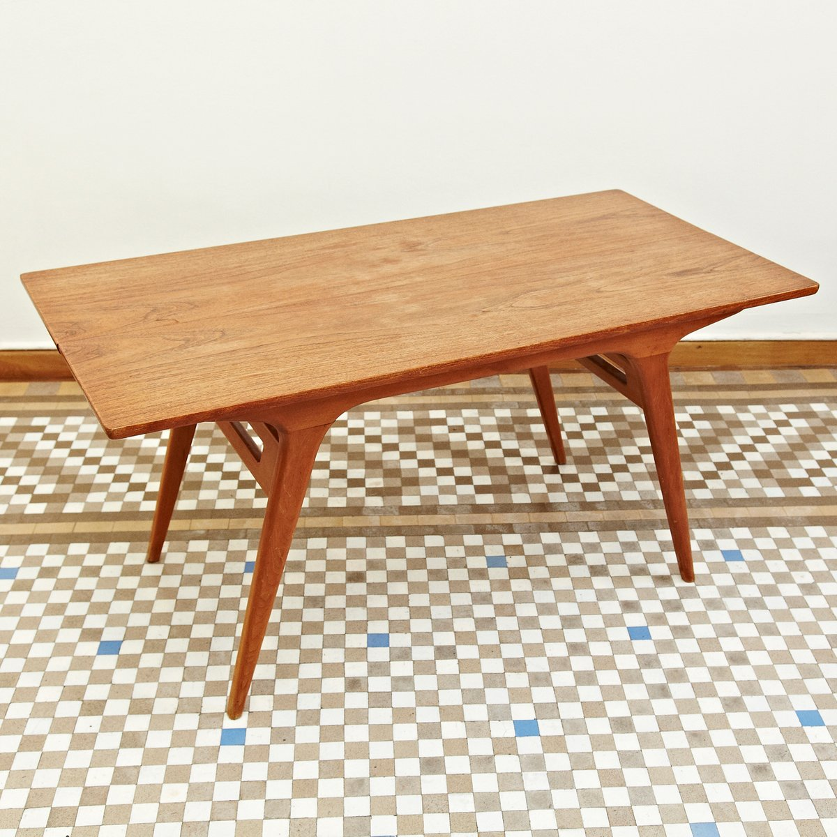 scandinavian coffee table from tingstroms 1950s for sale at pamono. Black Bedroom Furniture Sets. Home Design Ideas