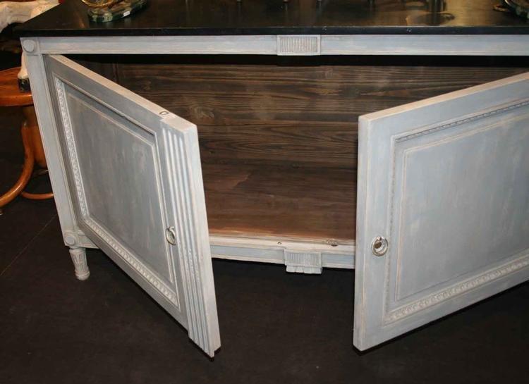 antikes kleines sideboard 18 jahrhundert bei pamono kaufen. Black Bedroom Furniture Sets. Home Design Ideas