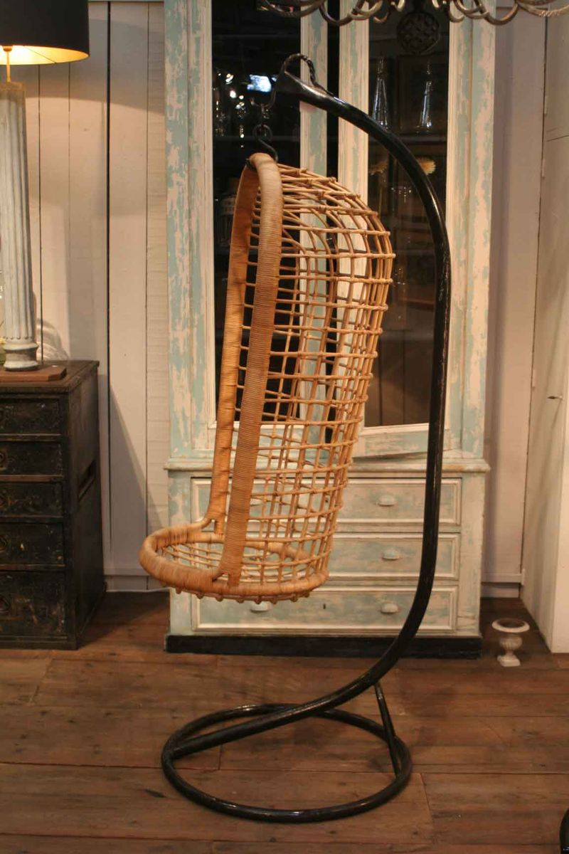Vintage Hanging Rattan Chair For Sale At Pamono