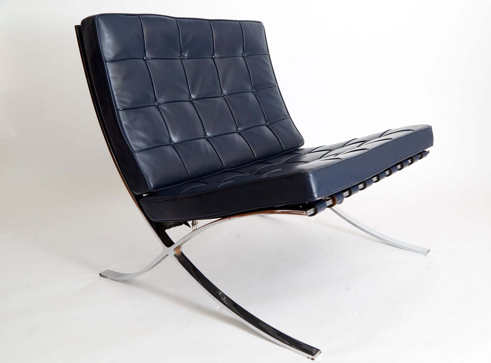 vintage mr90 barcelona chair by ludwig mies van der rohe. Black Bedroom Furniture Sets. Home Design Ideas