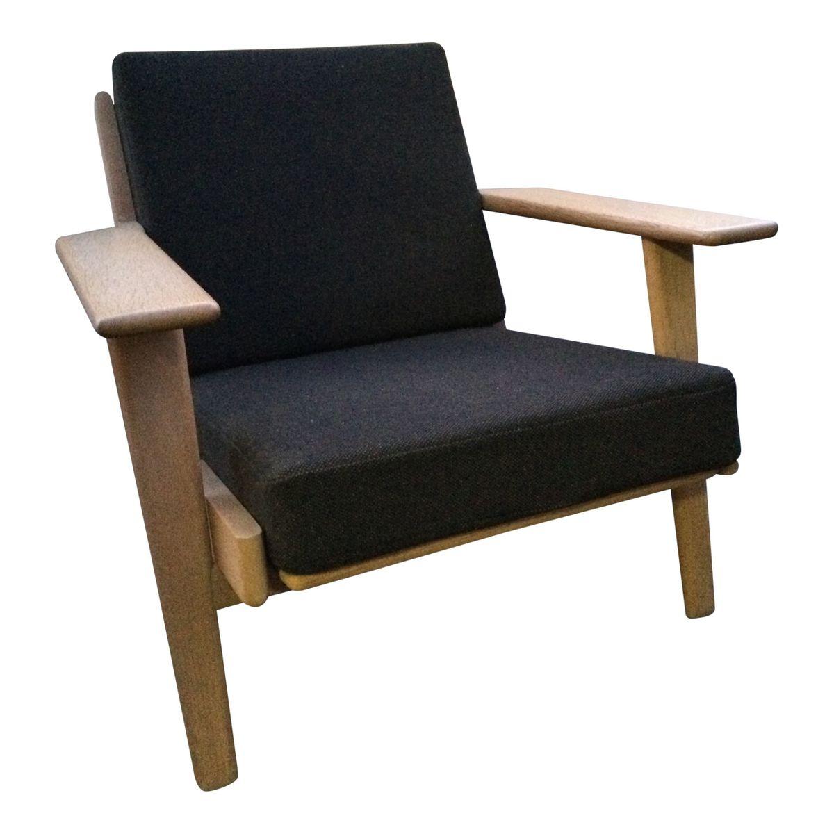 schwarzer ge290 sessel von hans j wegner f r getama bei. Black Bedroom Furniture Sets. Home Design Ideas