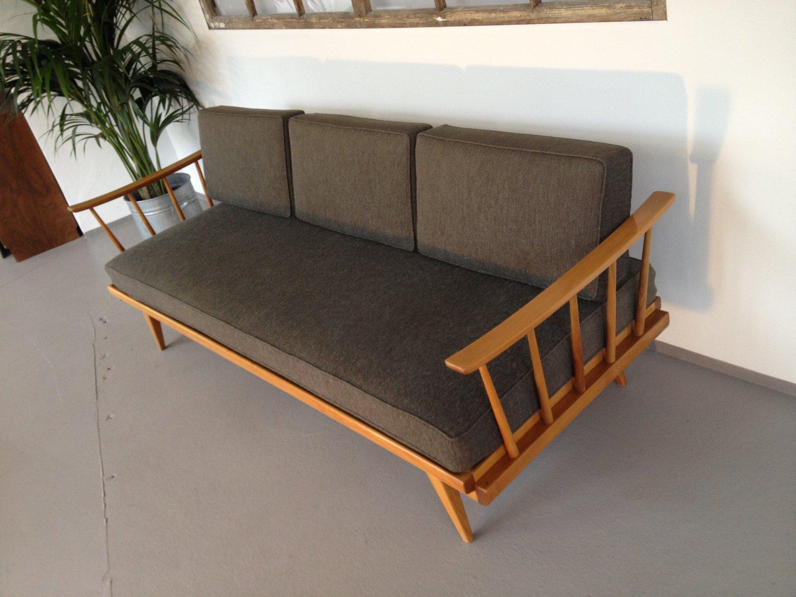 graues knoll antimott sofa von walter knoll bei pamono kaufen. Black Bedroom Furniture Sets. Home Design Ideas