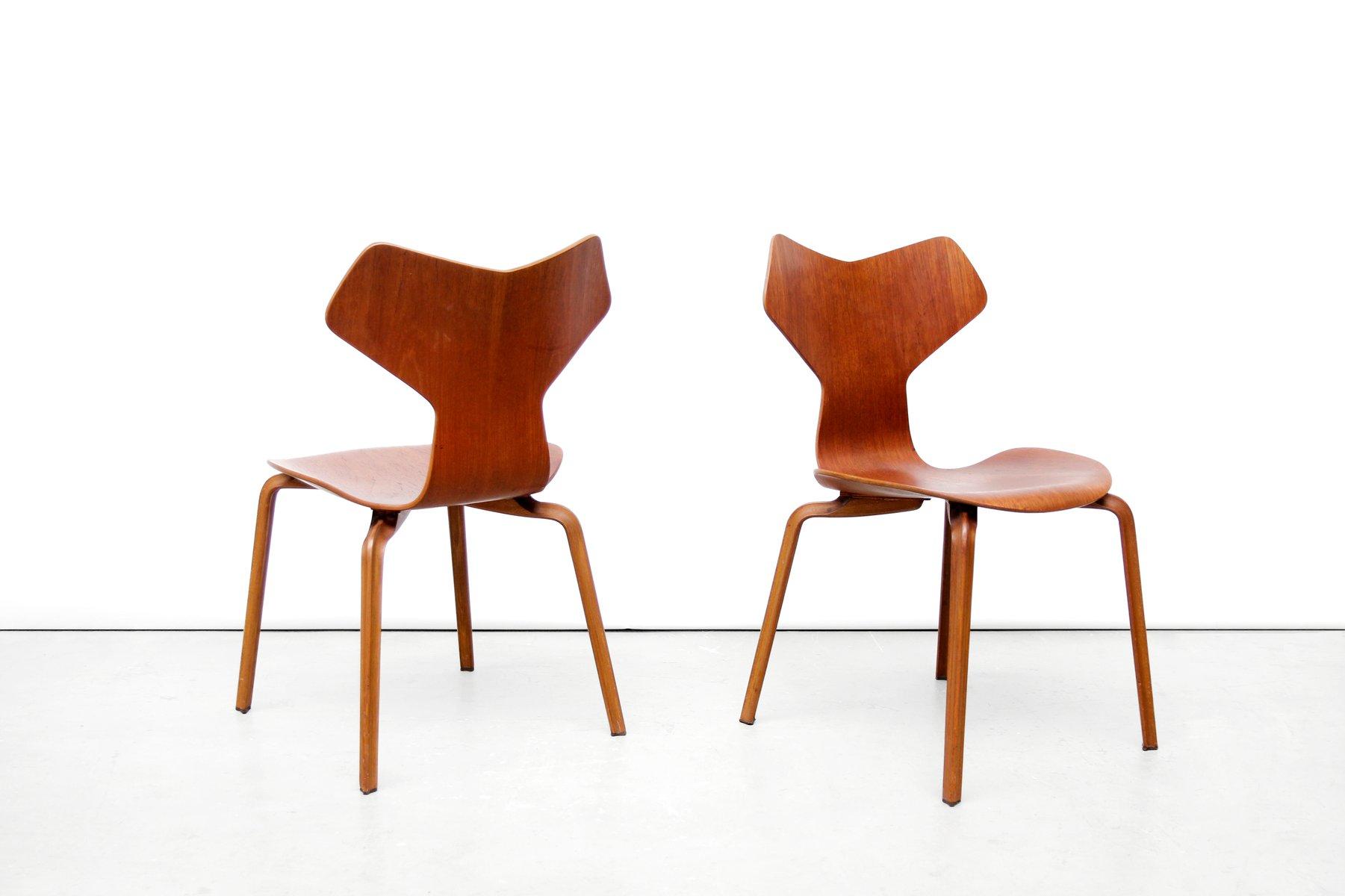 teak grand prix st hle von arne jacobsen f r fritz hansen. Black Bedroom Furniture Sets. Home Design Ideas