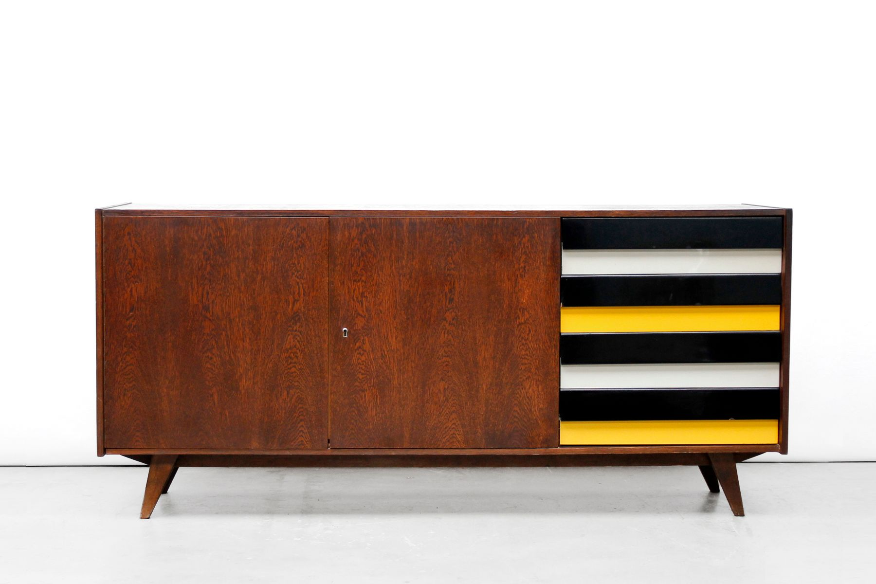 u460 sideboard von jiri jiroutek f r interier praha 1969. Black Bedroom Furniture Sets. Home Design Ideas