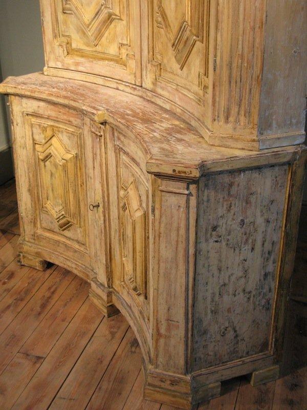 antiker eckschrank aus schweden 18 jahrhundert bei pamono kaufen. Black Bedroom Furniture Sets. Home Design Ideas