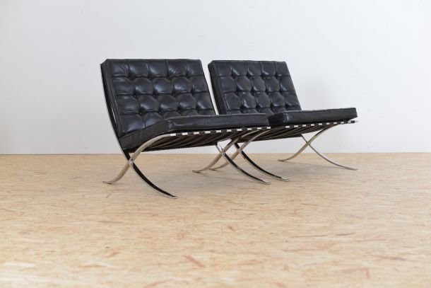 barcelona sessel von ludwig mies van der rohe f r knoll 1964 2er set bei pamono kaufen. Black Bedroom Furniture Sets. Home Design Ideas