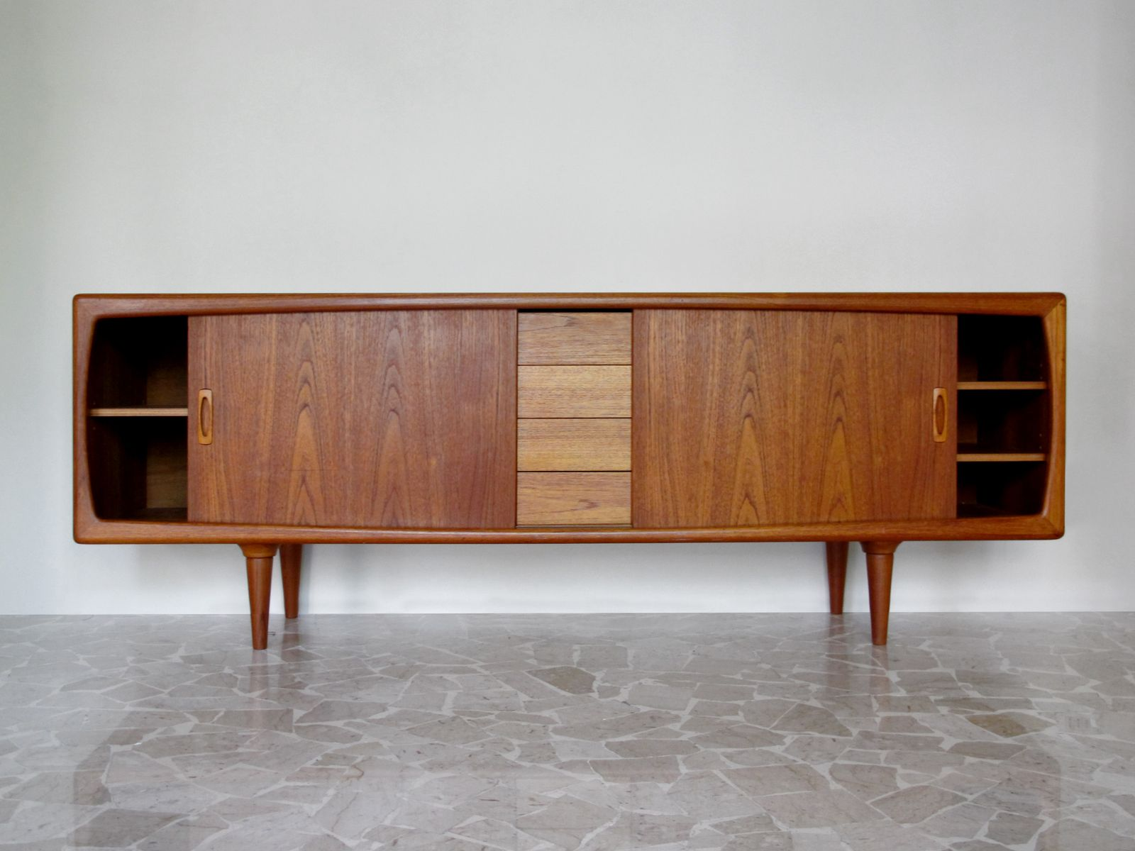 Teak sideboard by h p hansen for sale at pamono for Sideboard 220 cm