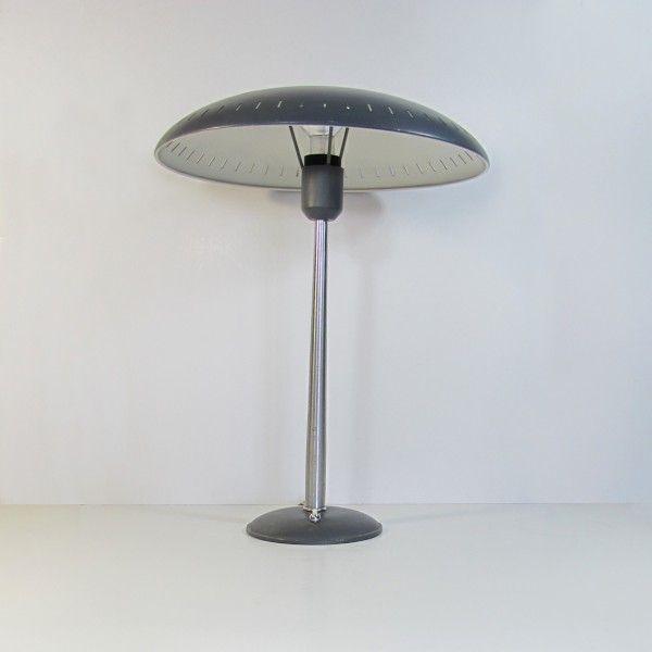 tischlampe von louis kalff f r philips 1950er bei pamono kaufen. Black Bedroom Furniture Sets. Home Design Ideas